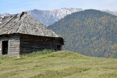 Rumänien Transylvania berg royaltyfri fotografi