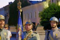 Rumänische Armeeparade in Bukarest, Rumänien Stockbilder
