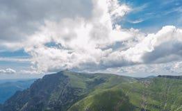 Rumänische Karpatenberge Stockbilder