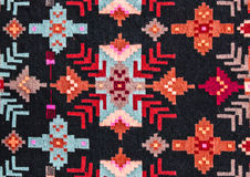 Rumänische nahtlose Mustervolksverzierungen Rumänische traditionelle Stickerei Ethnische Beschaffenheitsauslegung Traditionelles  stockfoto