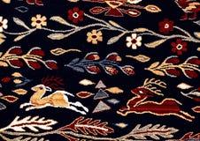Rumänische nahtlose Mustervolksverzierungen Rumänische traditionelle Stickerei Ethnische Beschaffenheitsauslegung Traditionelles  Lizenzfreie Stockfotografie