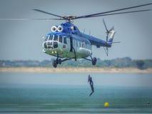 Rumänische Tauchergendarmerie an Luftfahrtshow 2016 von Bukarest-crangasi See, Lizenzfreie Stockfotografie