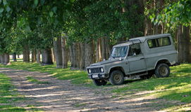 Rumänisches altes Motor- ARO Lizenzfreie Stockfotografie