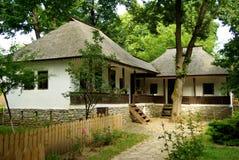 Rumänisches traditionelles Haus Stockbilder