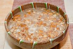 Rumänisches traditionelles Lebensmittel rief Mucenici, Form acht an Lizenzfreies Stockfoto