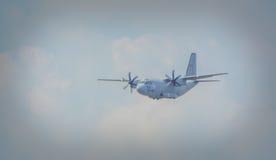 Rumänsk militär flygplanshow bucharest 2016 Arkivfoton