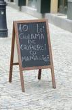 Rumänsk restaurangmeny Arkivfoto