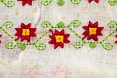 Rumänsk traditionell blus - texturer och traditionella motiv Royaltyfri Bild