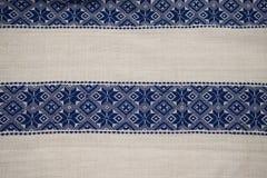 Rumänsk traditionell blus - texturer och traditionella motiv Arkivbilder