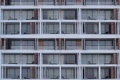 Rum av höga byggnader i närbildsikten royaltyfri fotografi