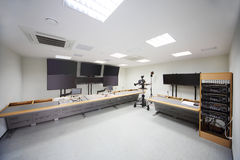 Rum för montering av filmer i filmbekymmer Royaltyfri Foto