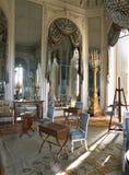 Rum med stora speglar på den Versailles slotten Royaltyfri Fotografi