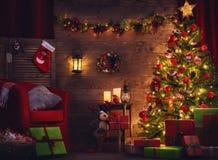 Rum som dekoreras för jul arkivfoto