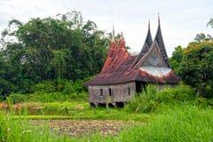 Rumah Gadang en Sumatra del oeste, Indonesia imagen de archivo libre de regalías