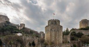 Rumeli Hisari Bosphorus cieśniną, Istanbuł (kasztel Europa) Obrazy Royalty Free