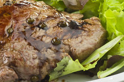 Rump steak with green pepper Royalty Free Stock Photos