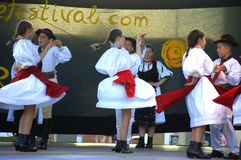 Rumuński dzieciaka folkloru tancerzy występ Zdjęcia Royalty Free