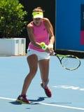 Rumuński gracz w tenisa Sorana Cirstea narządzanie dla australianu open Zdjęcie Stock