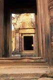 Ruínas de Angkor Wat do templo de Banteay Srei, Cambodia Fotos de Stock Royalty Free