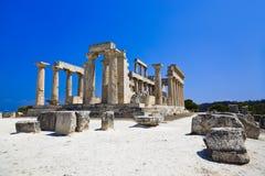 Ruínas do templo no console Aegina, Greece Imagem de Stock