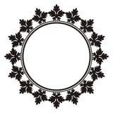 Rund dekorativ ram med bladprydnaden Fotografering för Bildbyråer
