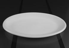Rund grund maträtt för porslin Fotografering för Bildbyråer