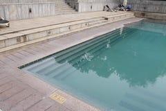 rund skjuten simning för filterpolarizerpöl semesterort royaltyfri foto