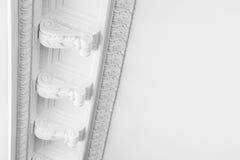 Runda dekorativa stöpningar för lerastuckaturlättnad Arkivfoto