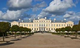 Rundale Palast Lizenzfreie Stockbilder