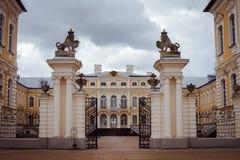 Rundale-Palast Bauska, Lettland, Europa Lizenzfreie Stockfotografie