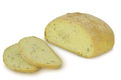 Rundan släntrar av bröd Ciabatta Sliced som isoleras på vit bakgrund arkivbilder