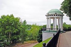 Rundbau in Yaroslavl lizenzfreies stockfoto