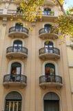 Runde Balkone auf Barcelona-Eigentumswohnungen Lizenzfreie Stockbilder