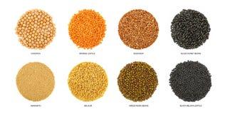 Runde geformte verschiedene Getreide lokalisiert auf Weiß Stockbilder