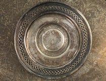 Runder grungy Hintergrund der silbernen Platte Stockfoto