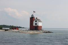 Runder Insel-Leuchtturm Lizenzfreie Stockbilder