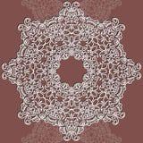 Rundes Muster der Vektorspitzes Mandala mit dekorativen Blumen lizenzfreie abbildung