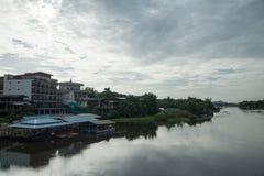 Rundfahrt Thailand im Juli 2017 - Brücke beim Kwai Lizenzfreies Stockbild