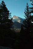 Rundle山,班夫亚伯大加拿大。 库存照片