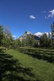 Rundle och Banff Central Park Arkivfoto
