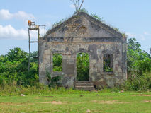 Rundown house facade in Cuba Royalty Free Stock Photography