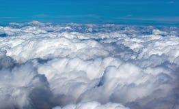 Rundreise Ταϊλάνδη - στην προσέγγιση στο Αμπού Ντάμπι για να δει τα βουνά σύννεφων Στοκ Φωτογραφία