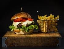 Rundvleeshamburger Royalty-vrije Stock Afbeeldingen