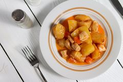 Rundvleeshutspot met aardappels Royalty-vrije Stock Afbeelding