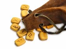 Rune in sacco di cuoio Fotografia Stock