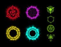 Runen en werktijden Vaardigheden voor het spel Elementen van ontwerp voor het spel Pictogrammen van runewerktijden op een zwarte  stock foto's