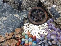 Runes и пентаграмма Стоковые Изображения