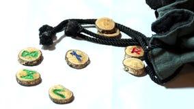 Runes en bois de volet lent avec le sac clips vidéos