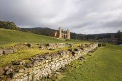 Ruïnes van het ziekenhuis in Tasmania& x27; s Haven Arthur Historical Site Royalty-vrije Stock Foto's