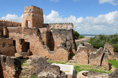 Ruïnes van Kilwa Kisiwani in Tanzania Stock Foto's